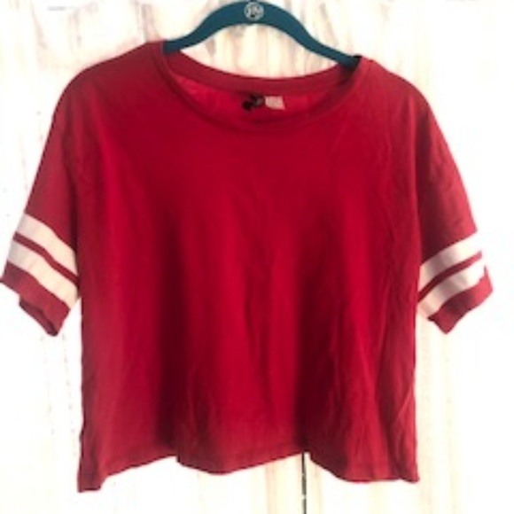 Tops - Red Cropped T-shirt